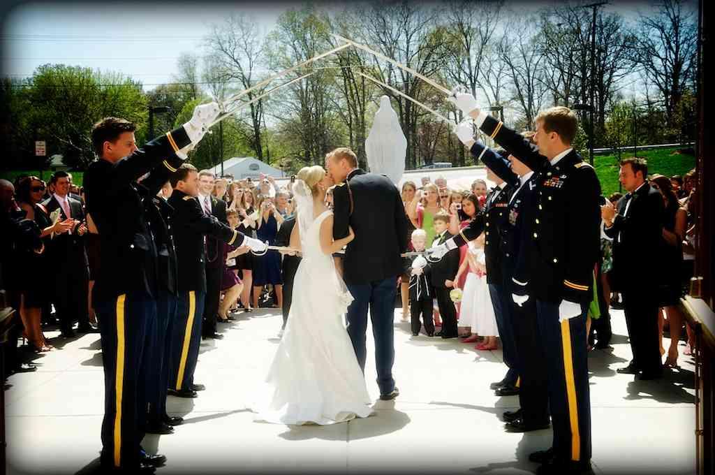 Weddings army navy air force marines coast guard national guard military wedding ceremonies junglespirit Choice Image